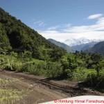 001 Anreise nach Tal erster Blick auf Berge