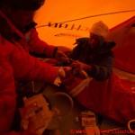 097 C3 Forschung im Lager drei Jacqueline